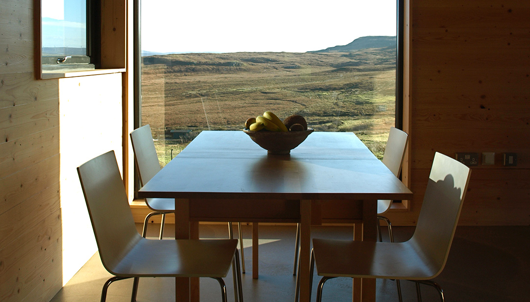 black-shed-skye-dunvegan-dining-table